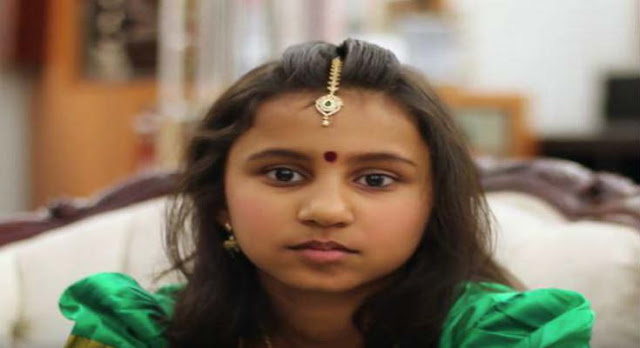 Το Υπερφυσικό Κορίτσι Από Την Ινδία Που Διαβάζει Με… Κλειστά Μάτια – (Βίντεο)