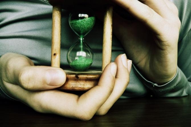 Αν περιμένεις την κατάλληλη στιγμή μπορεί να περιμένεις για πάντα