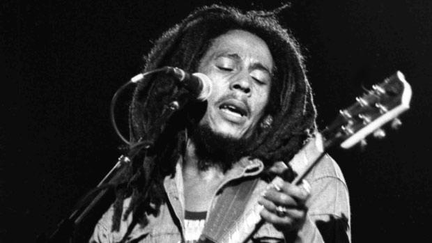 Bob Marley: Κάποιοι άνθρωποι απολαμβάνουν τη βροχή κι άλλοι απλά βρέχονται…