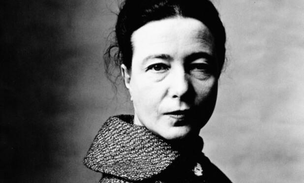 Simone de Beauvoir: «Ήθελα να αρέσω στον καλό Θεό..»
