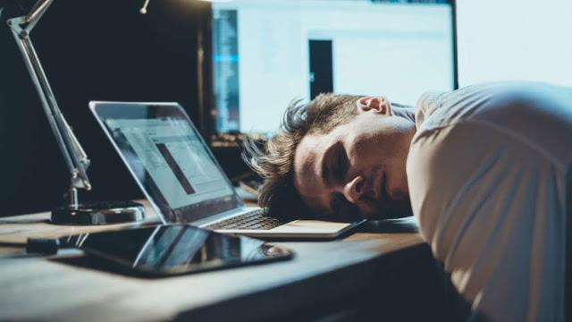 Δυσκολία στον ύπνο; Αυτό το χρώμα μπορεί να δημιουργήσει προβλήματα…