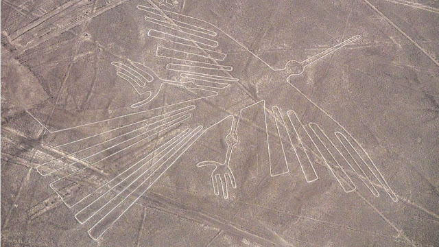 Απίστευτα προ-Κολομβιανά γεωγλυφικά βρέθηκαν στο Περού