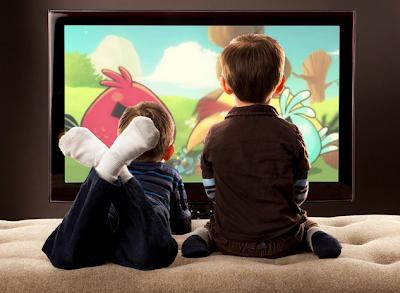 «Ξ Ε Κ Ο Λ Λ Η Σ Τ Ε» τα (μικρά κυρίως) ΠΑΙΔΙΑ ΑΠΟ ΤΗΝ τηλεόραση! Αργούν να μιλήσουν λένε οι ειδικοί!