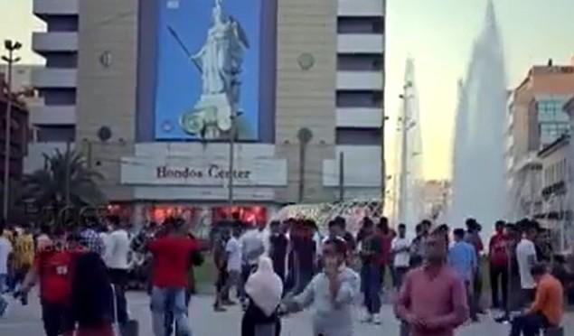 Ποιοι χαίρονται το συντριβάνι της Ομονοίας; (βίντεο)